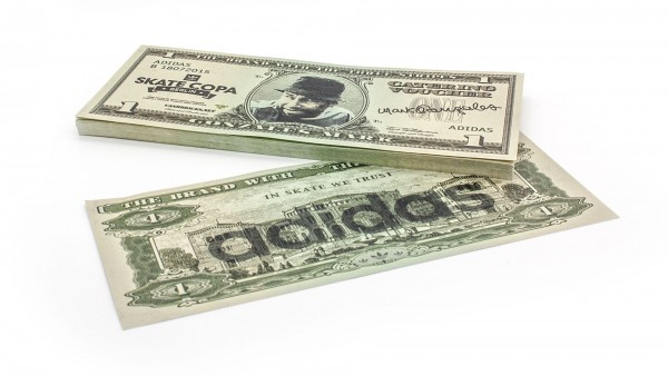 Cashbricks® custom dollar banknotes